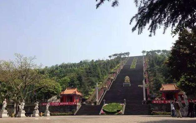 重慶公墓2.png