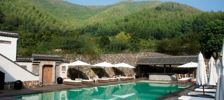 莫干山法国山居室外恒温游泳池设备工程