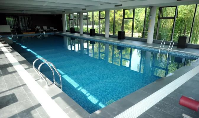 泳池施工中瓷砖铺贴操作要点