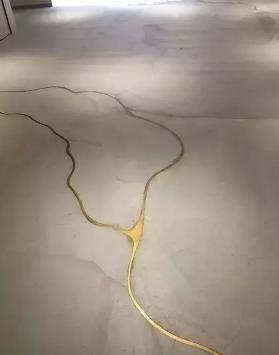 水泥自流平金色美缝剂