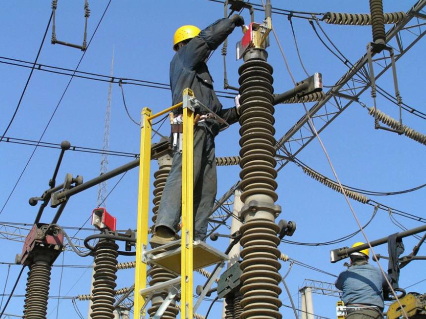 电力设备维护检修
