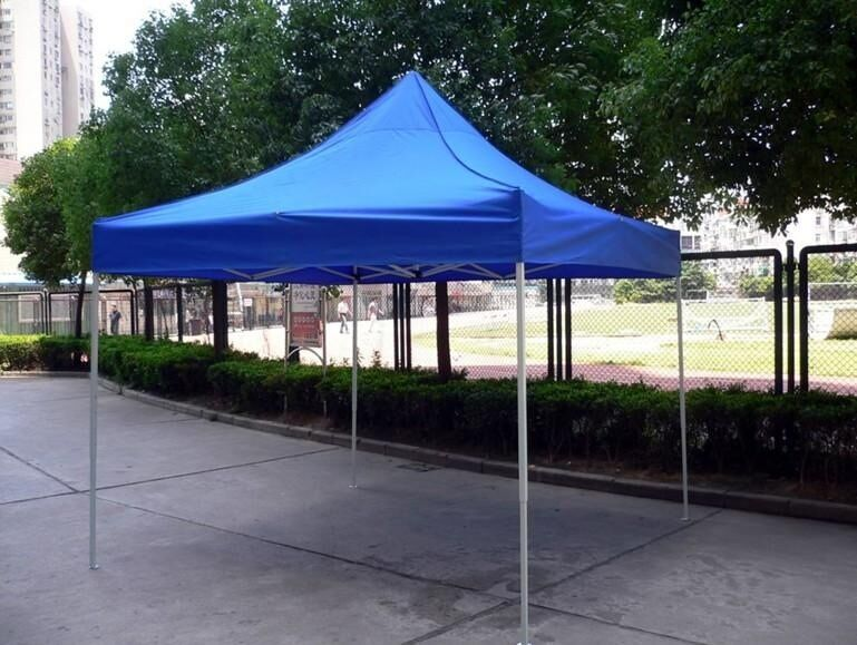 蓝帐篷.jpg