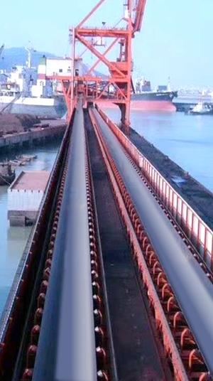 装船带式输送带使用现场