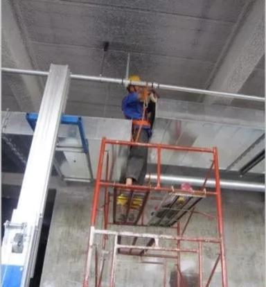 水平提升平台安装风管