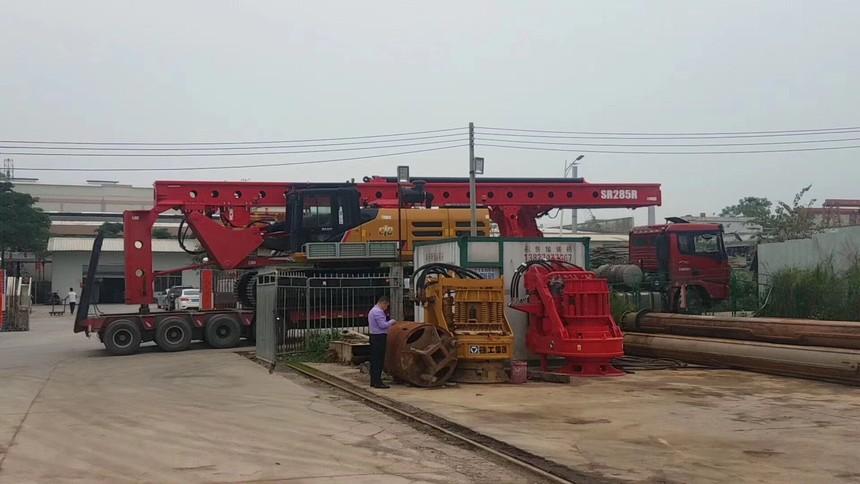 旋挖钻机厂家招聘学徒,选择旋挖桩机配件时常遇到的问题