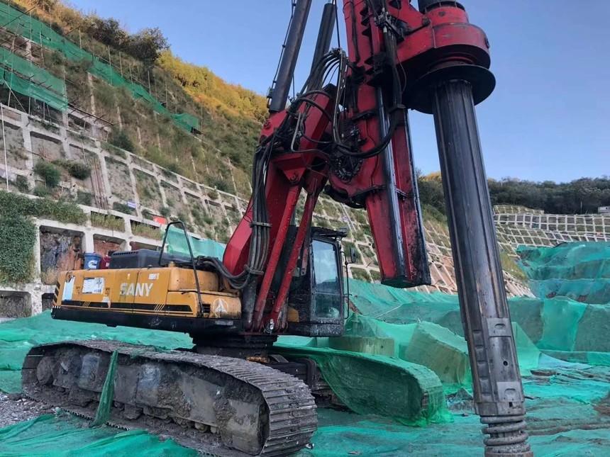 湖南恒强旋挖钻机培训基地课程,怎样处理旋挖钻机动力头转动异常问题