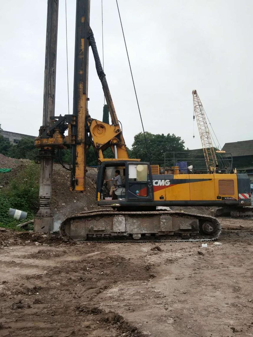 旋挖钻机培训机构哪家好,旋挖施工工地上,这样的人能干大事