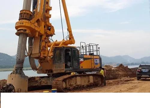 国内正规规模的旋挖钻机培训基地,旋挖桩主工况控制六项