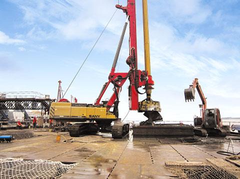 湖南长沙旋转机培训机构,旋挖钻机的钻杆缓慢下落怎么办