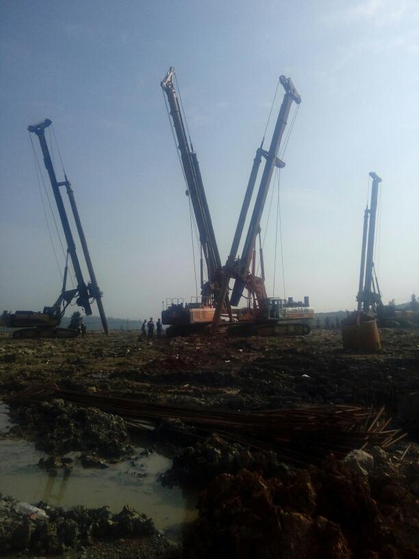 徐工旋挖钻机培训基地在哪里,旋挖钻机成孔过程会出现什么现象