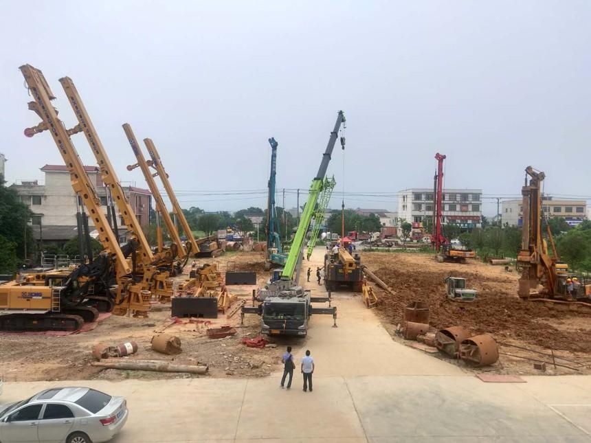 广东旋挖机教育,旋挖钻机租赁机不同工法施工展示
