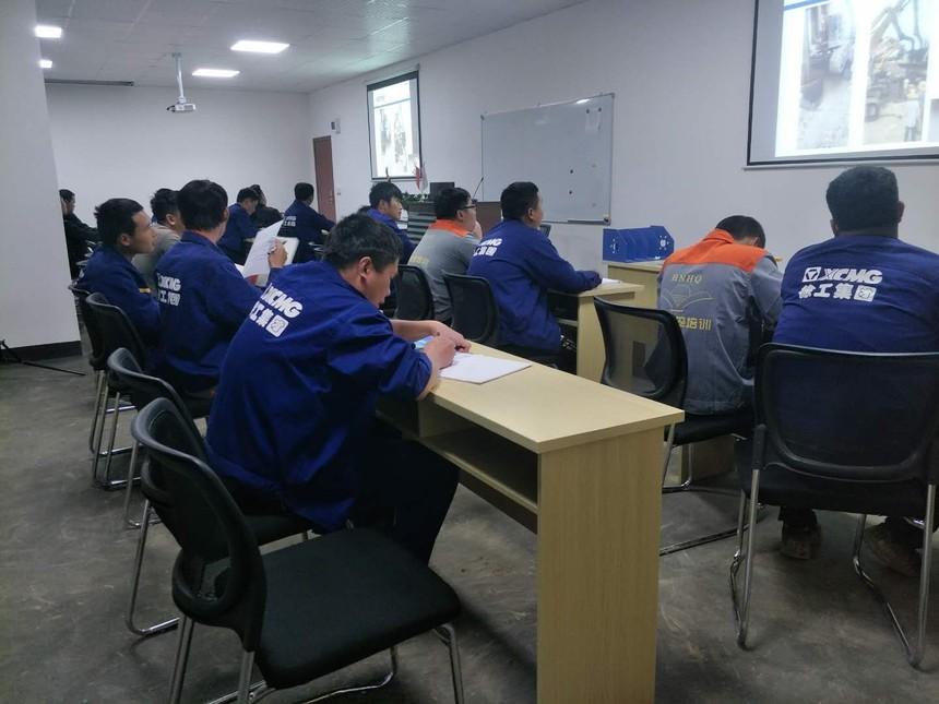 培训旋挖钻机机构,旋挖钻机护筒故障该怎么处理