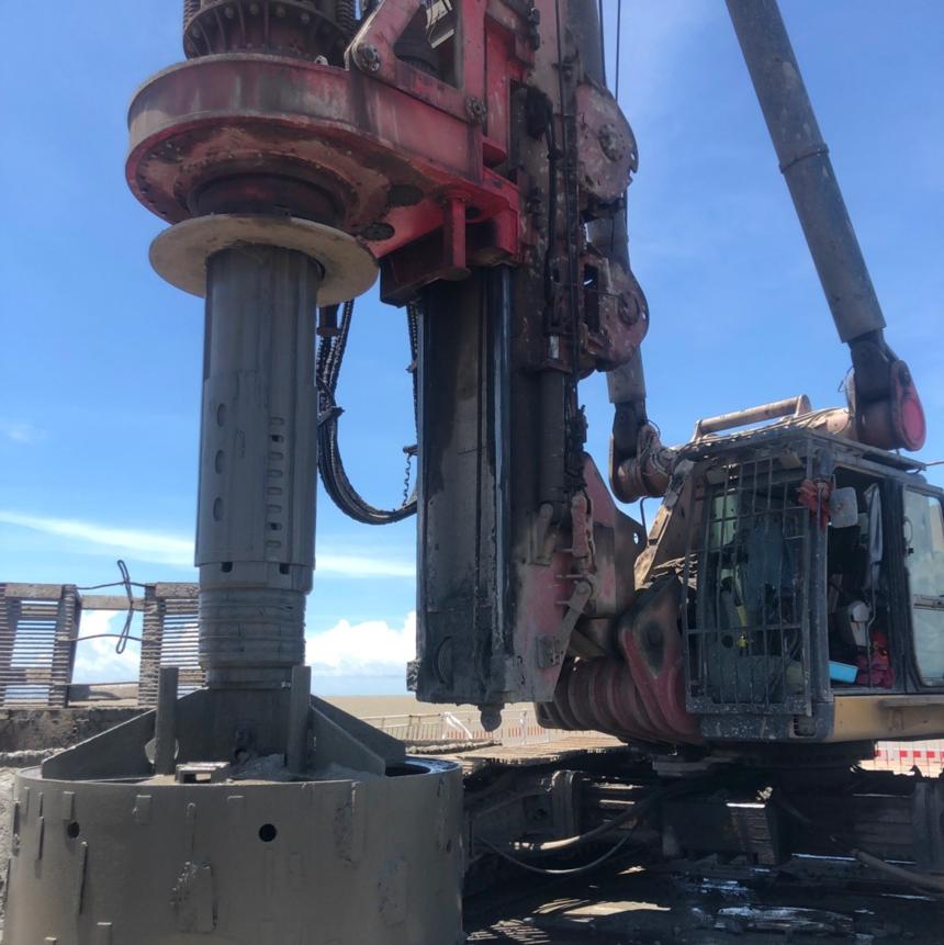 学习旋挖钻机哪家强,旋挖钻机造成托底的诱因