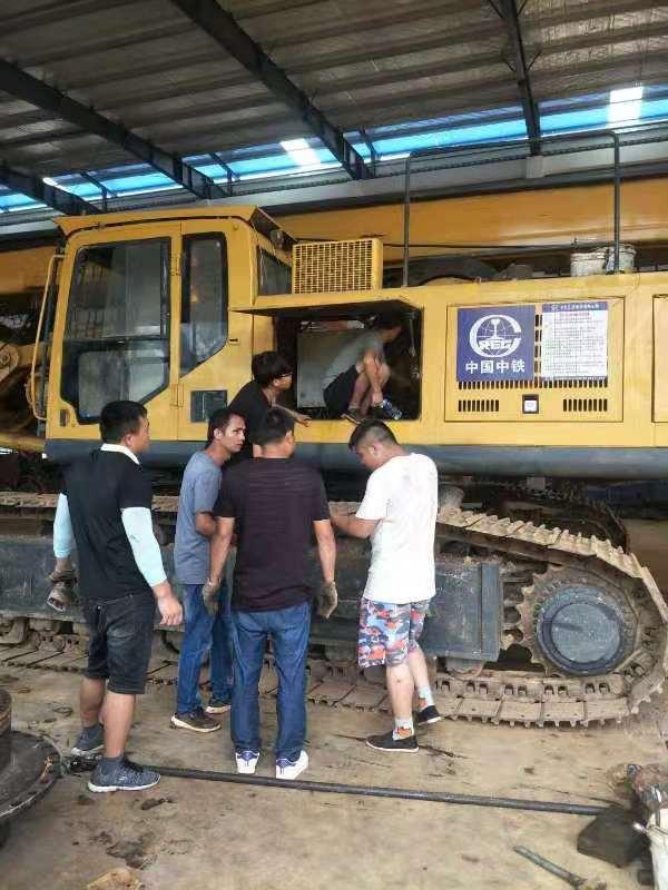 江西旋挖钻机培训基地,为什么选择旋挖钻机