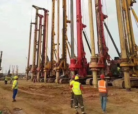 360旋挖钻机培训基地旋挖钻机动力头的问题解决