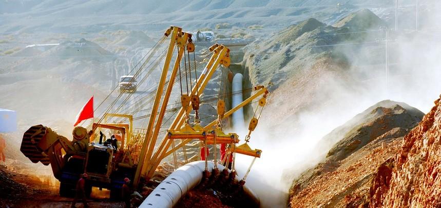 旋挖钻机培训基地定向钻孔施工技术在燃气管道中的应用