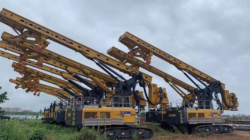 旋挖钻机培训基地徐工旋挖钻群机进驻漓江东岸