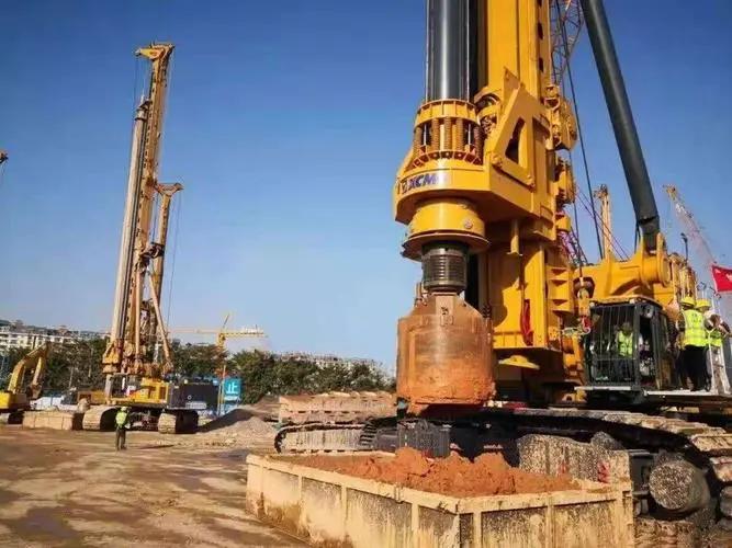 广东旋挖钻机培训徐工旋挖钻群机助力