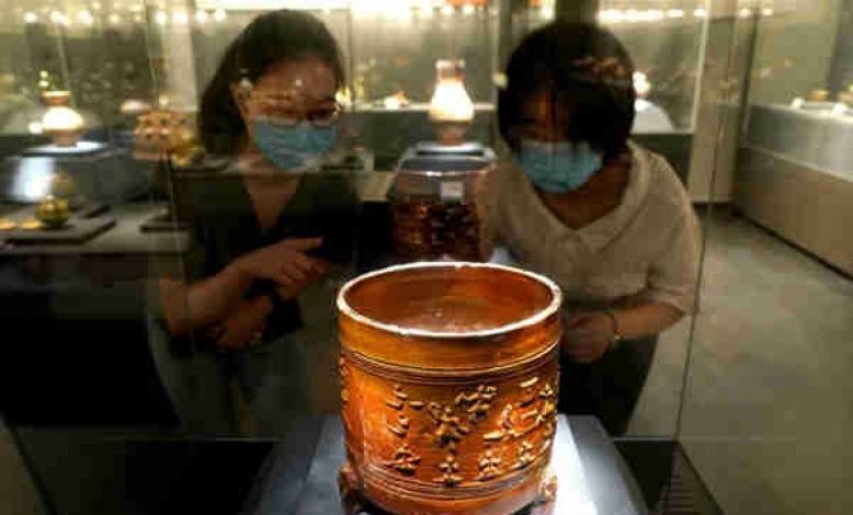 """郑州:陶瓷文化讲述""""黄河故事"""" 组图"""