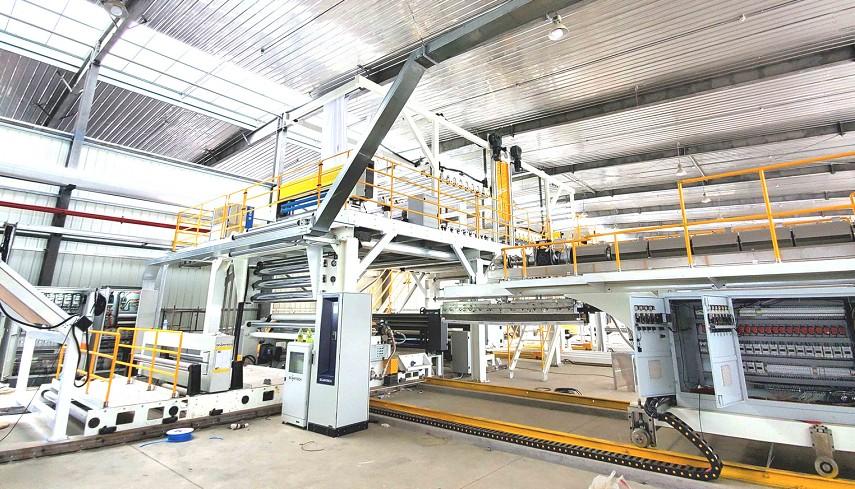 专业淋膜机生产线