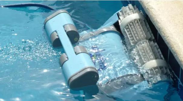海豚泳池全自动吸污机