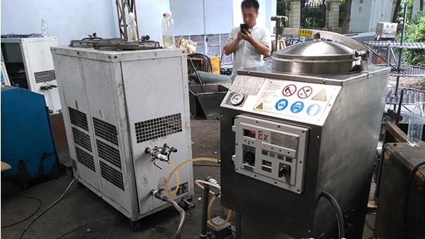 二氯甲烷废液回收机