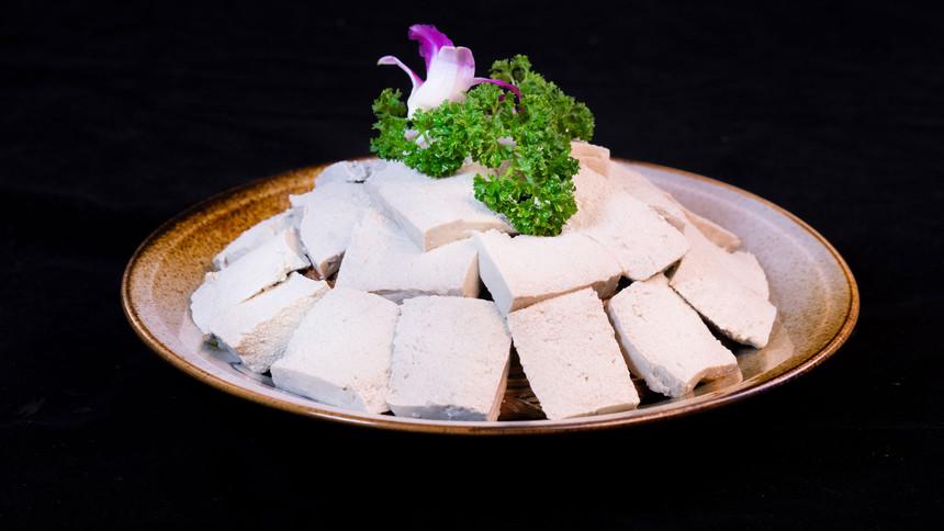 手工石磨豆腐.jpg