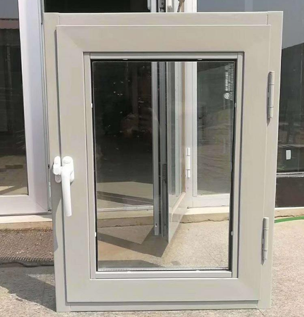 钢质防火门窗