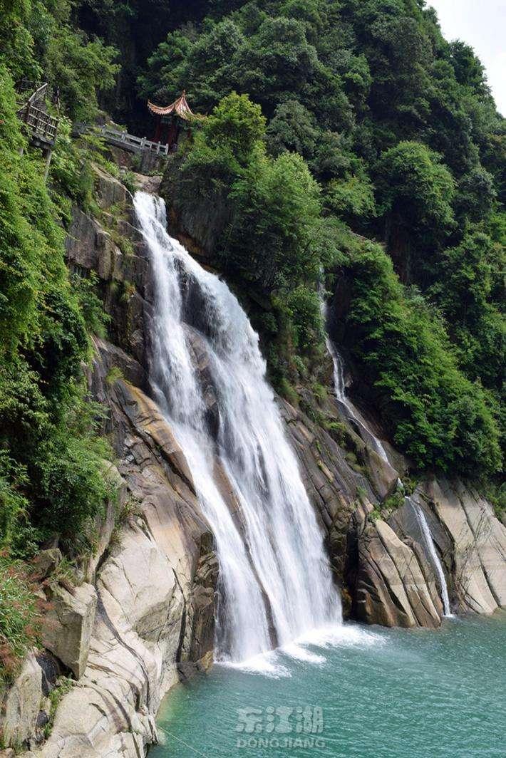 龙景峡谷.jpg