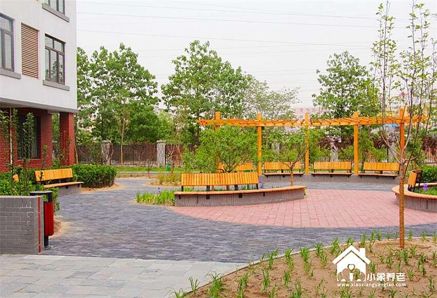 北京市海淀区西三旗龙岗路养老院