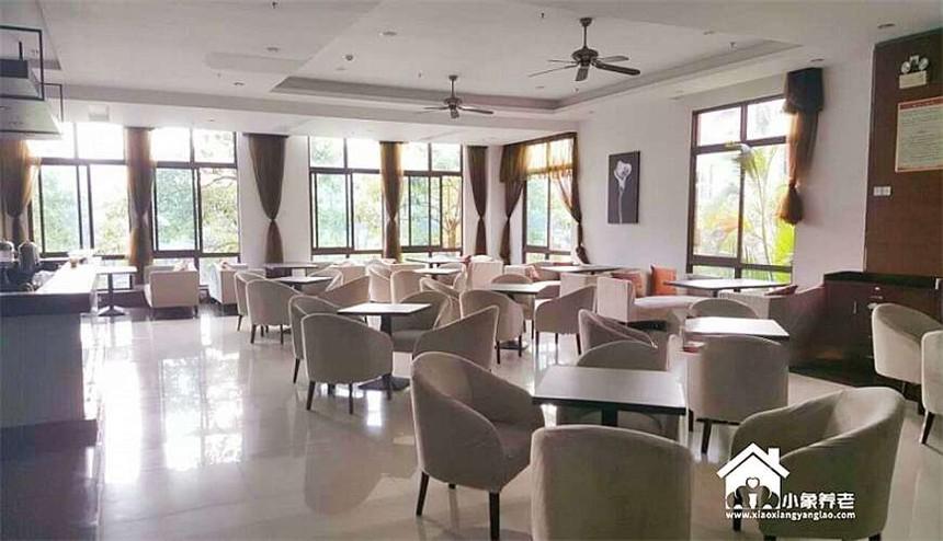 海南三亚清水湾雅居乐蔚蓝海岸湖畔五星级酒店