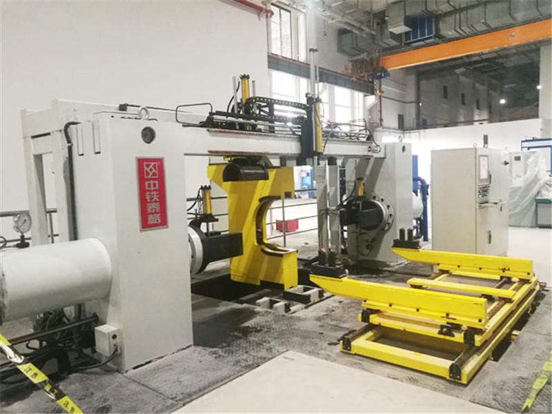 动车轮对压装机油缸的应用.jpg
