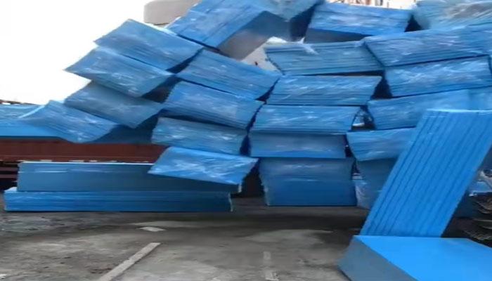 北京建工75厚挤塑板发货案例1.jpg