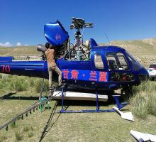 直升机防治草原蝗虫影像资料