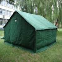 绿色防寒帐篷