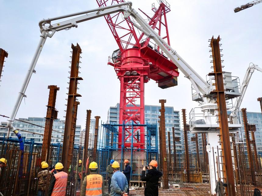 HG17A-3Z布料机-上海建工-董家渡金融城项目-上海2.jpg