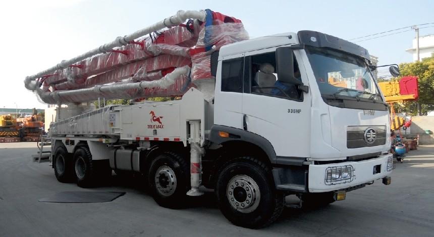 TP43RZ5混凝土臂架泵车 - 贵州项目.jpg
