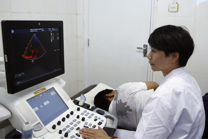 Vivid E9四维彩超诊断系统.jpg