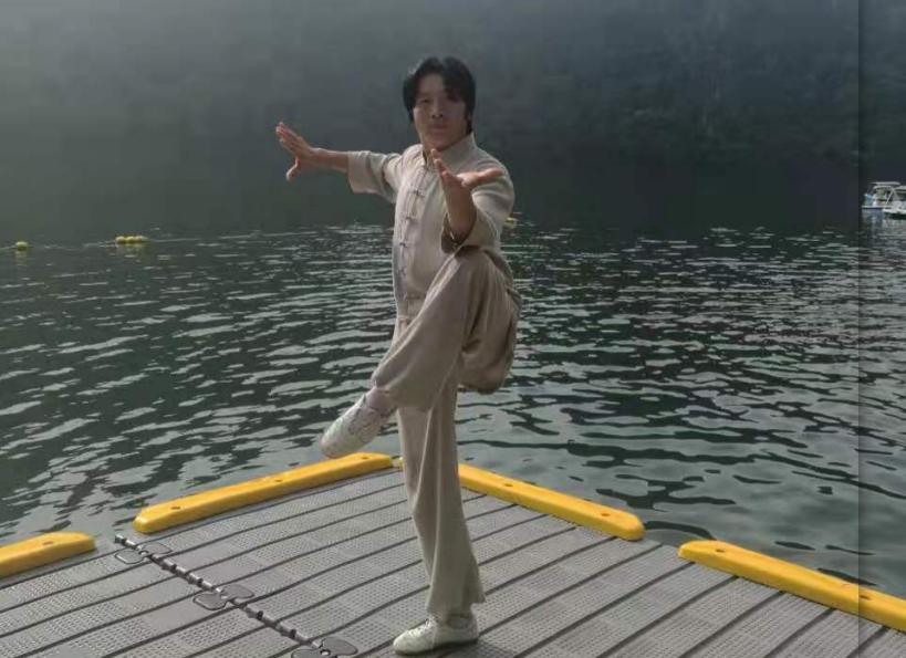 韩建明2.png