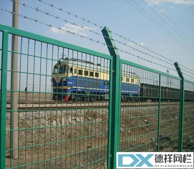 铁路护栏网1_副本.jpg