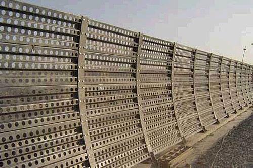 冲孔网护栏网.jpg