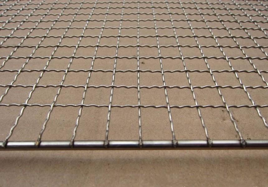加工定做各种形状电焊网片深加工帅金公司.jpg