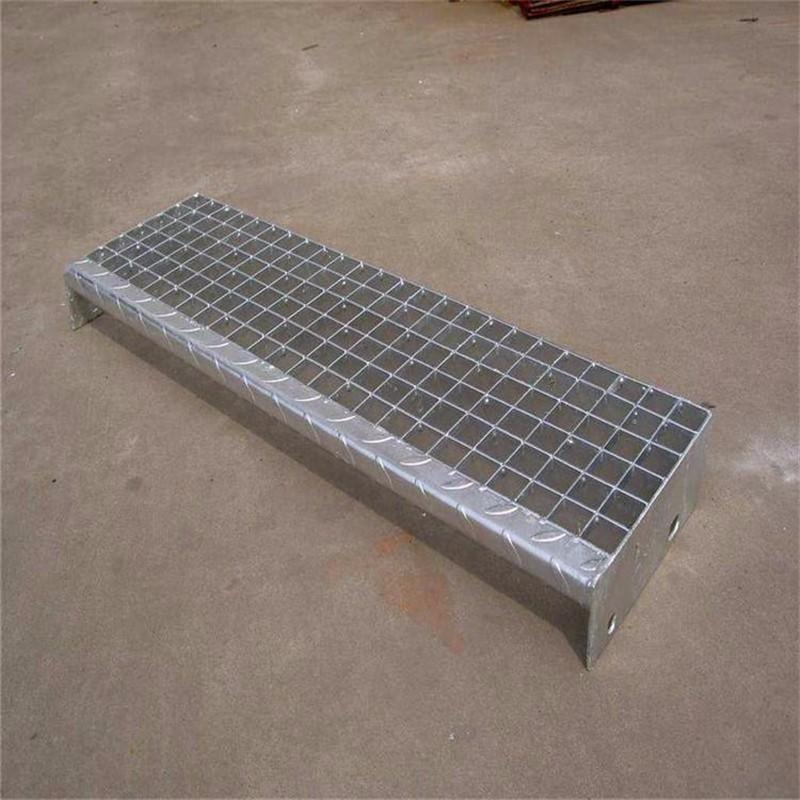 楼梯踏步板格栅板镀锌钢格板现货厂家.jpg