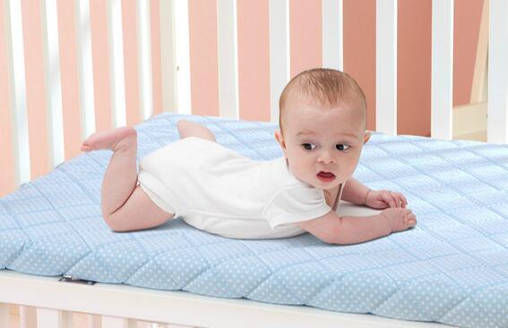 儿童床垫.jpg
