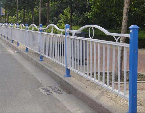 重庆护栏.png