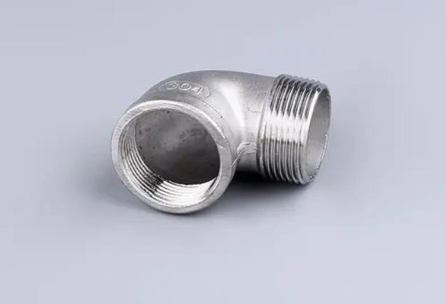 不锈钢法兰管件常用的三种材质