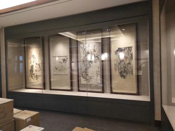 博物館字畫展示柜.jpg