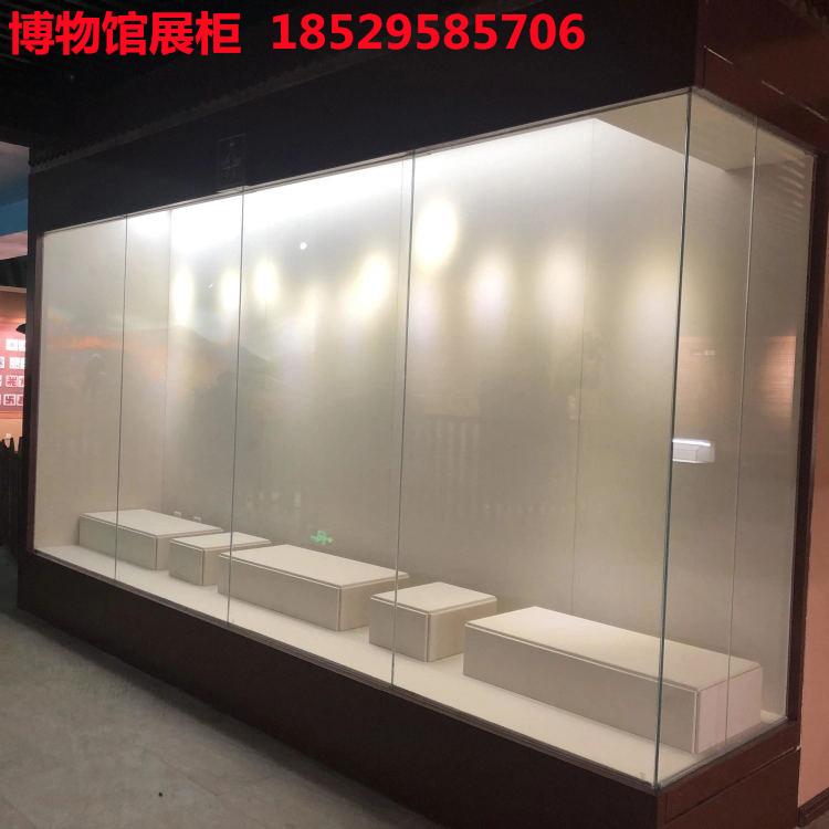 博物館沿墻展示柜.jpg
