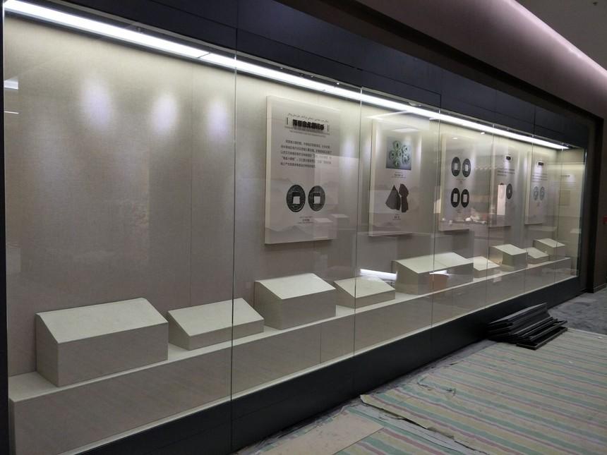 博物館玻璃展柜制作.jpeg