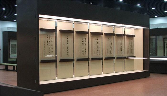 博物館字畫展柜.jpg